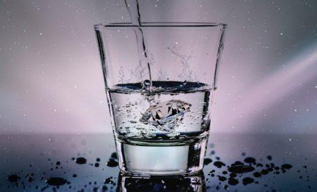 Co alkohol wypłukuje z organizmu?